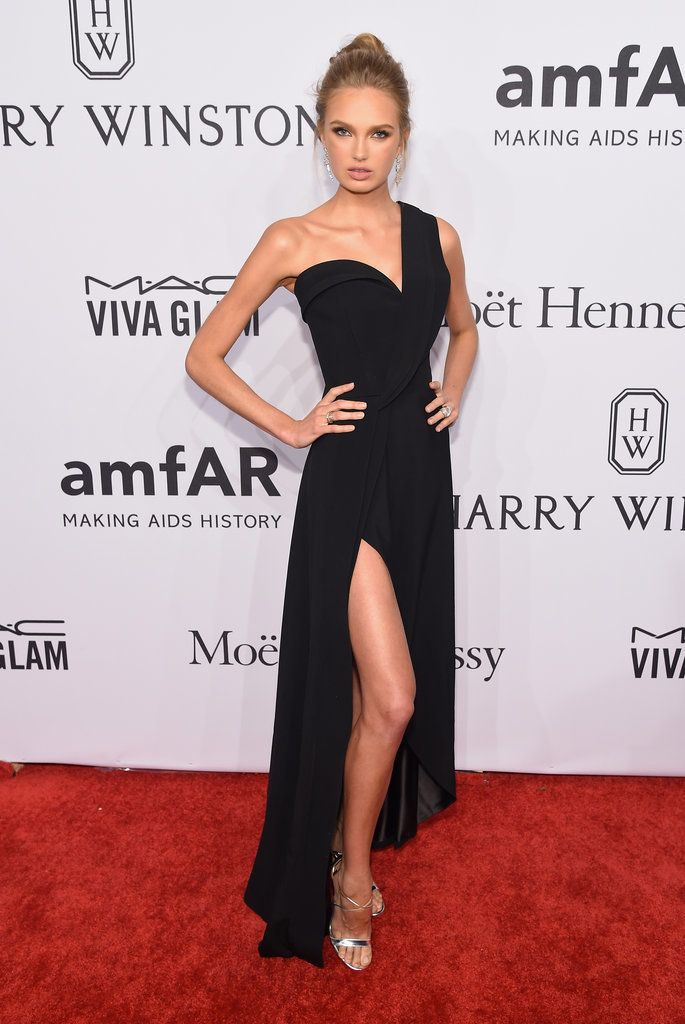 10 Best ideas about Red Carpet Dresses on Pinterest  Red carpet ...