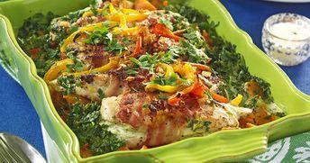 Krämig kyckling- och potatisgratäng med bacon recept
