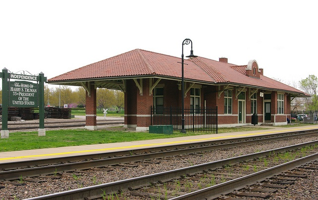 Independence mo train station architecture train for Railroad depot plans
