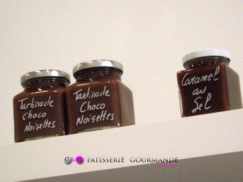 G c'est aussi des tartinades faites maison: tartinade chocolat noisettes et tartinade caramel au sel.    www.ggpatisseriegourmande.com la pâtisserie fine de Montréal.
