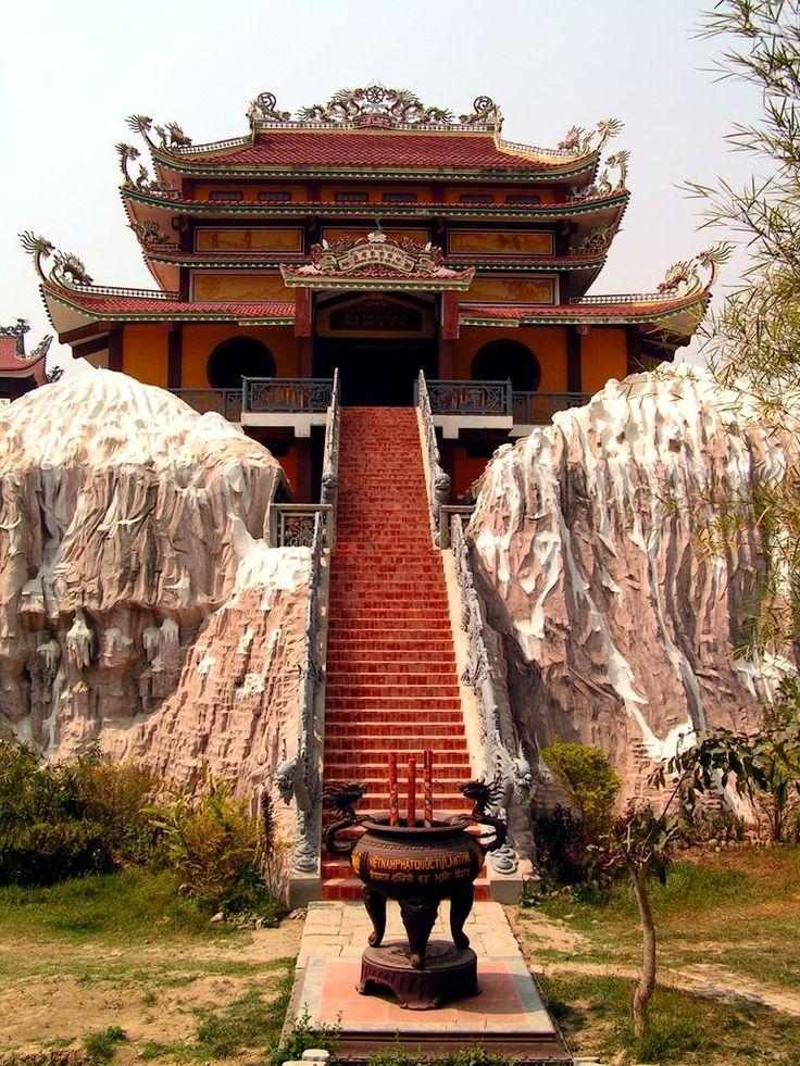 Nepal - Lumbini. www.haisitu.ro