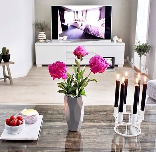Be Beautiful Angels: Pink Flowers, Idea, Living Rooms, Houses, Inspiration, Interiors Design, Home Decor, Apartment, Black Candles