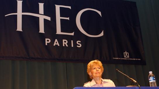 2004 - Hélène Carrère d'Encausse receives the title of Honoris Causa Professor at HEC Paris