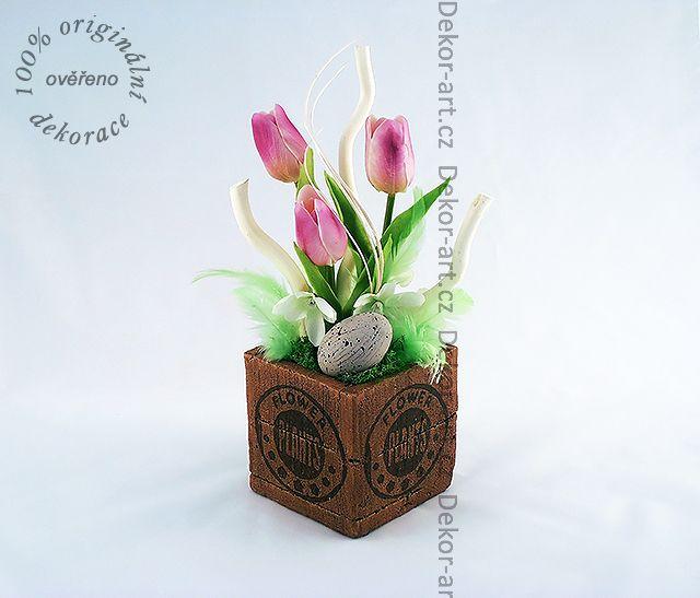 #Velikonoční #dekorace do bytu v keramickém obalu v imitaci dřeva.