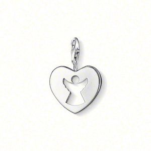 Charm Heart-only £20.99 Buy Thomas Sabo Stockists Manchester Up To 80% Off Selected. Why Pay More For The Same Quality?? http://www.thomassabocharms.co.uk/charm-heart.html