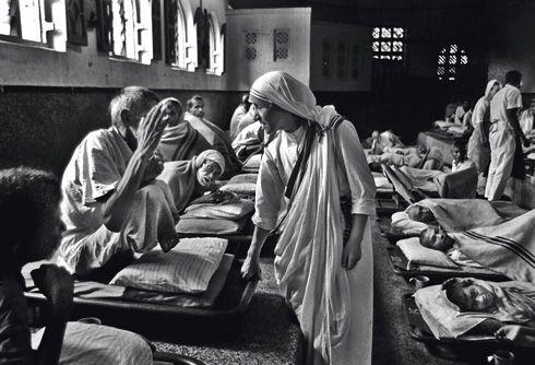 madre teresa de calcutá | face impiedosa de madre Teresa de Calcutá