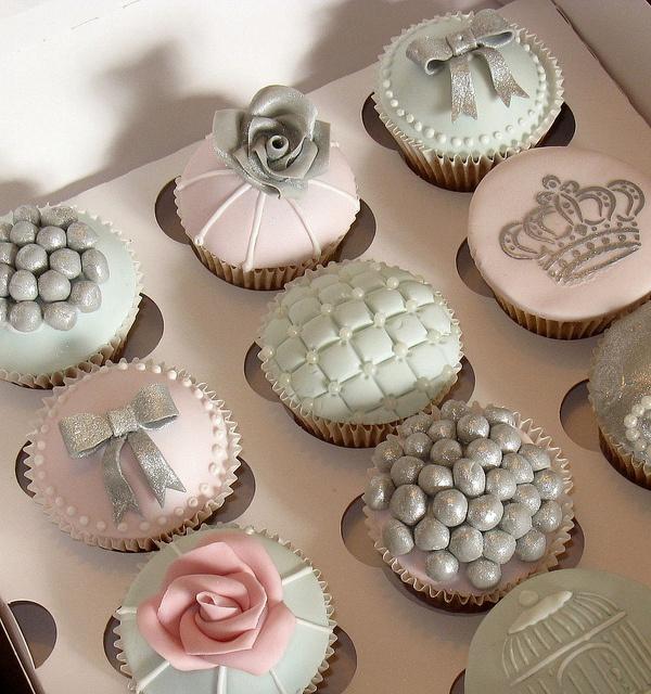 Too pretty to eat!! #wedding #pinkwedding