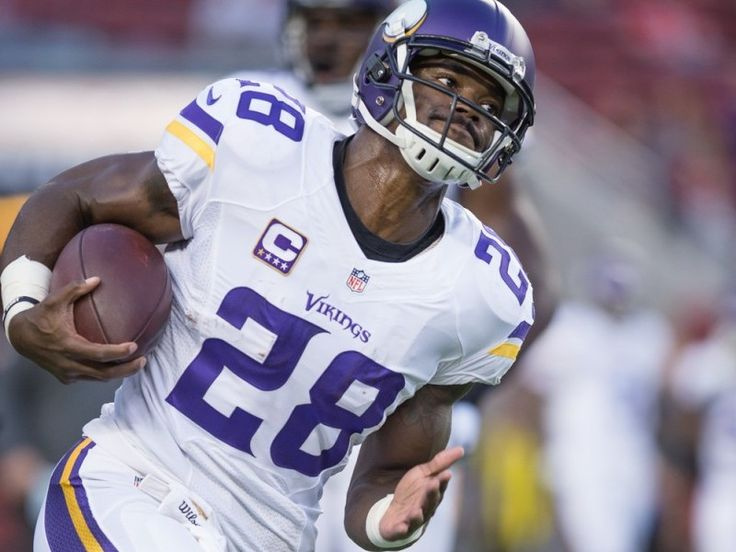 Vikings roll behind Adrian Peterson while Lions need more than Megatron - The Minnesota Vikings and Detroit Lions both did the smart thing on Sunday. The Vikings gave the ball to Adrian Peterson and the Lions got it to Calvin Johnson.....