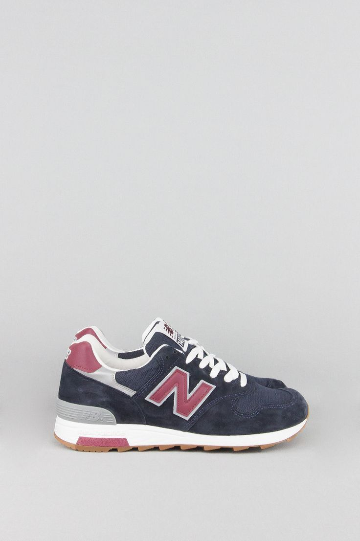 Tendance Chausseurs Femme 2017 NEW BALANCE M1400CU NAVY BURGUNDY WHITE Tendance Chausseurs Femme 2017 Description Crafted in the USA from rich materials the Heritage 1400 mens sneaker features a suede/mesh upper for the classic New Balance look. - Product Code: M1400CU - Color: Navy / Burgundy - Material: Mesh
