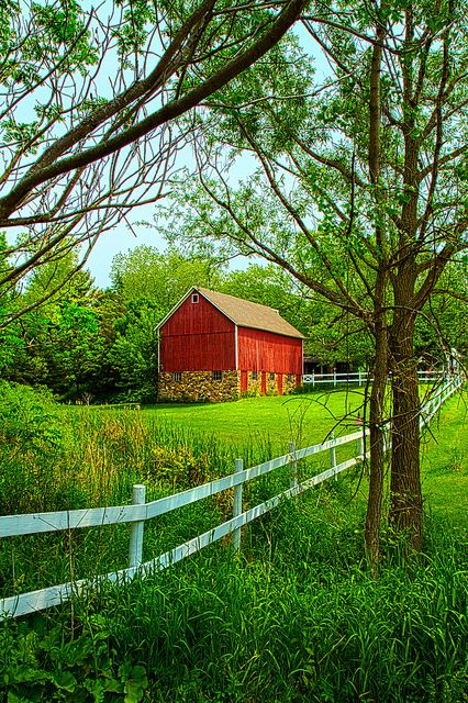 Red barn with green all around!