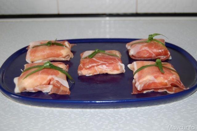 Involtini di prosciutto crudo, scopri la ricetta: http://www.misya.info/2012/05/29/involtini-di-prosciutto-crudo.htm