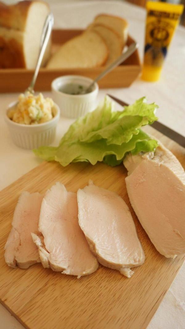 炊飯器で作る、しっとりジューシー蒸し鶏 by 本村 美子 | レシピサイト ...