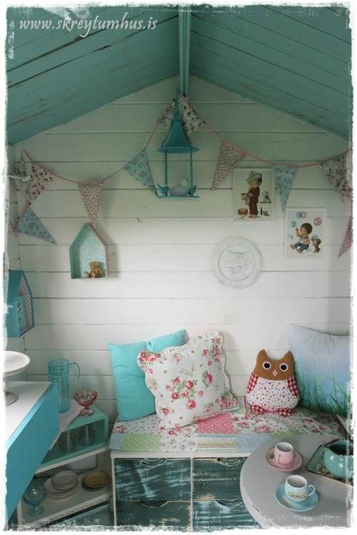 Playhouse in the back yard gets a makeover - vintage shabby chic and DIY-projects. Pink, aqua, bunting, birds, florals, playtime! http://www.skreytumhus.is/?p=23163