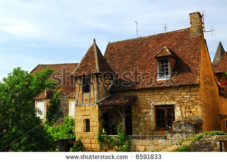 Abandoned Historical Houses for Sale image.shutterstock.com