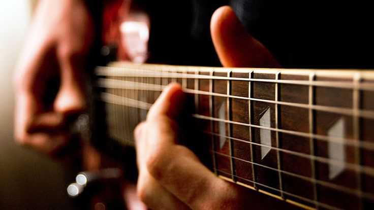Guitar Essentials: How to Harness the Powerfully Versatile Mixolydian Mode    TAB + AUDIO