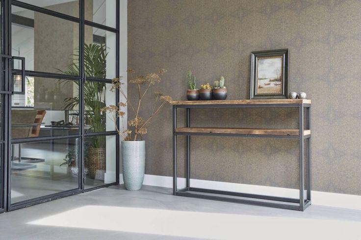 Robuuste tafel met stalenframe | Houtwerk Hattem