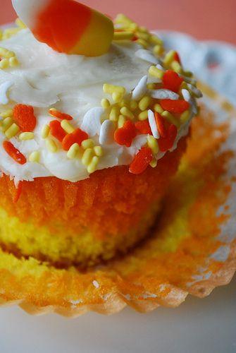Candy Corn Cupcakes #fall #Halloween