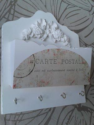 Porta chaves provençal com estampa vintage.
