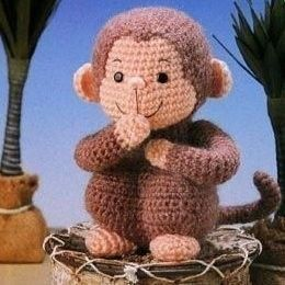 Cute Monkey - Very Curious George like! (yes mom, Booboo would love you to make her one!)