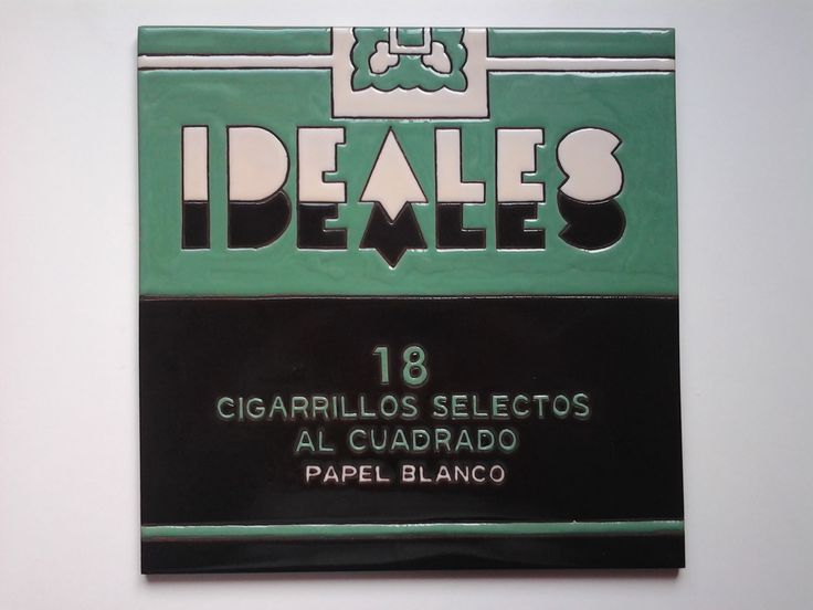 """Azulejo de 30x30cm, homenaje a esos paquetes tan chulos de """"Ideales""""."""
