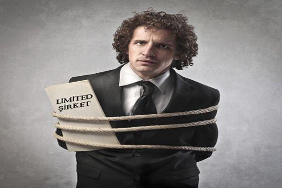 Limited şirket ortakları şirketten tamamen veya kısmen tahsil edilemeyen veya tahsil edilemeyeceği anlaşılan amme alacağından sermaye hisseleri oranında doğrudan doğruya sorumlu olurlar