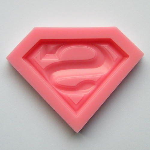 Superman silicone mould, for fondant, size of mould 6x4.cm,