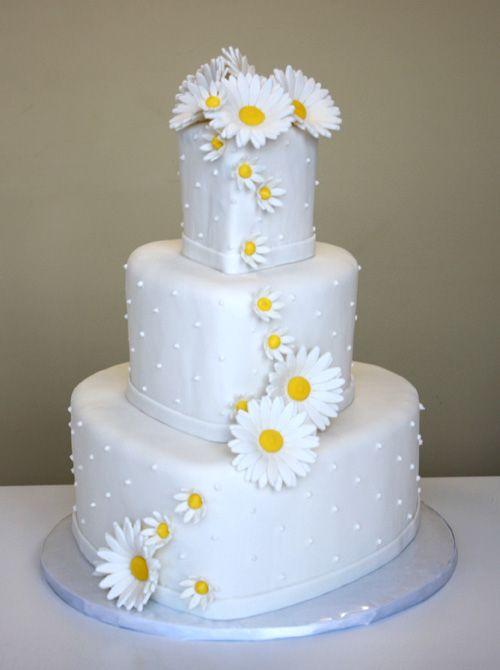 wedding cake à marguerites