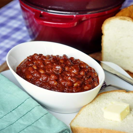 Bacon and Brown Sugar Baked Beans - a wonderful slow cooked winter warm up recipe. Smokey, sweet, satisfying and downright delicious. Freshly baked homemade bread is an absolute must with these great beans at our house.