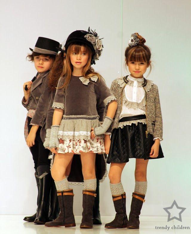 FOQUE Y SUS PEQUEÑOS ARISTÓCRATAS. catwalk fashion kids fall winter 2014 2015