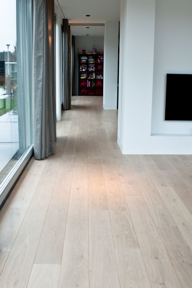 Eiken houten vloer, white wash 4/9 x 180 mm