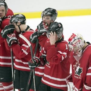 No Hockey Medal for Russia - The favored team was knocked out by Finland