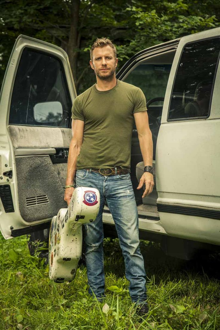We'd hold on to you too, Dierks.  #DierksBentley #CountryFest2016 www.countryfest.com