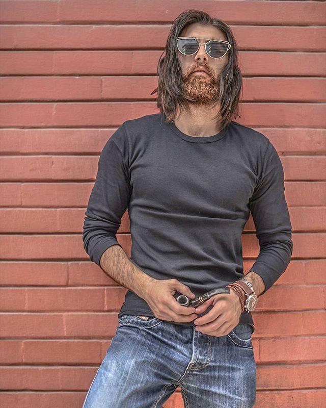 ...and still #denim is a way of life. Amazin shot by @skylinkd . @diesel . _______________________________________ Tag your friends _______________________________________ Follow me to check my modeling style _______________________________________. Beard. Beard model. Male model. Men's long hair. Bearded model. #beards #mustaches #longhair #menwithlonghair #malemodel #beardmodel #beardstyle2017