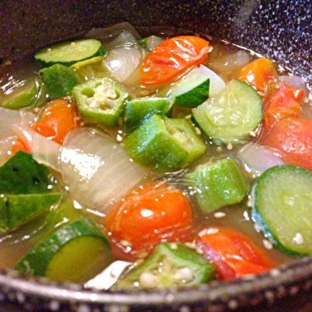 BBQ後の疲れた胃にはやはり野菜でないと^_^; - 52件のもぐもぐ - 野菜春雨スープ by kunikichi