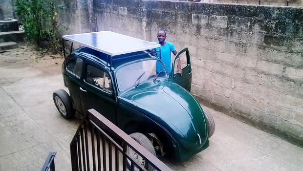 This Nigerian College Student Built a Wind- And Solar-Powered Car From Scraps