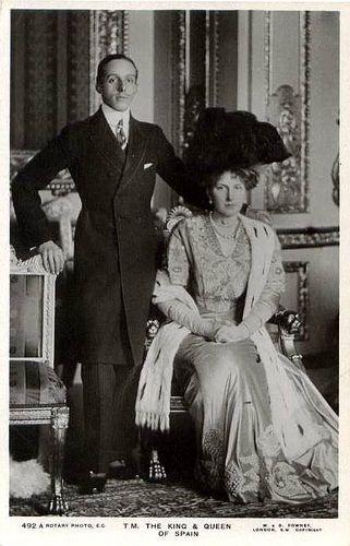 El Rey Alfonso XIII y la Reina Victoria Eugenia de España