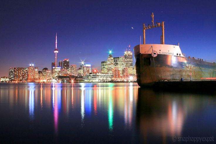 Skyline boat