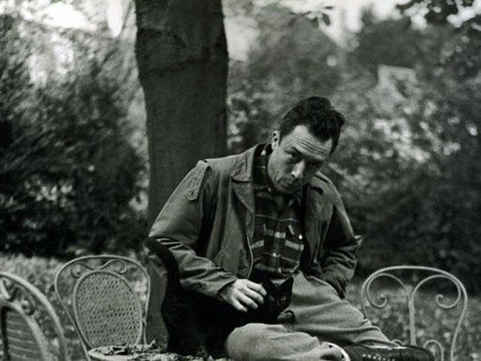 Albert Camus: znam tylko jeden obowiązek – kochać – Kultura do góry nogami