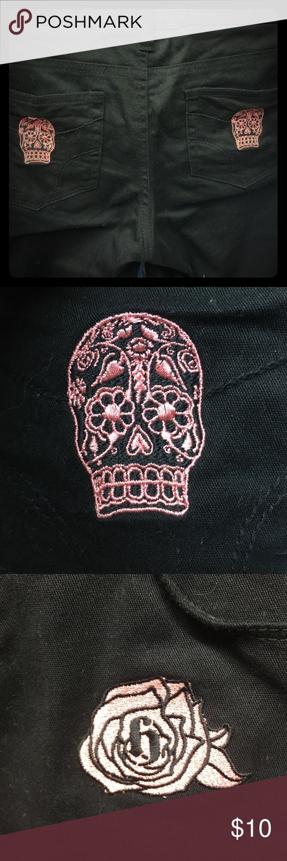 💀💗 Dickies sugar skull capris Black capris with small pink sugar skulls on the back pockets. Hardnox brand which no longer exists. I LOVE these pants but I bought them at a tattoo convention and wasn't able to try them on so they are too small and never worn. PERFECT CONDITION🎈MUST SELL BY FRIDAY OR IT WILL BE DONATED bundle 2 or more for 30% Dickies Jeans Ankle & Cropped