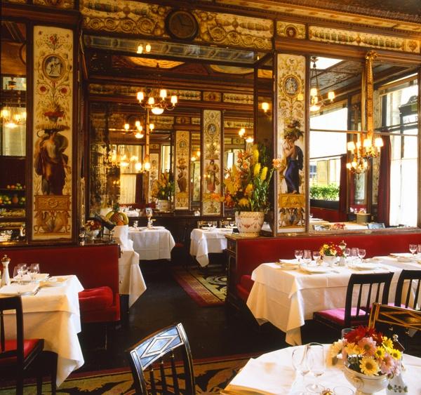 restaurant le grand vefour interior palais royal paris le grand v four the first grand. Black Bedroom Furniture Sets. Home Design Ideas