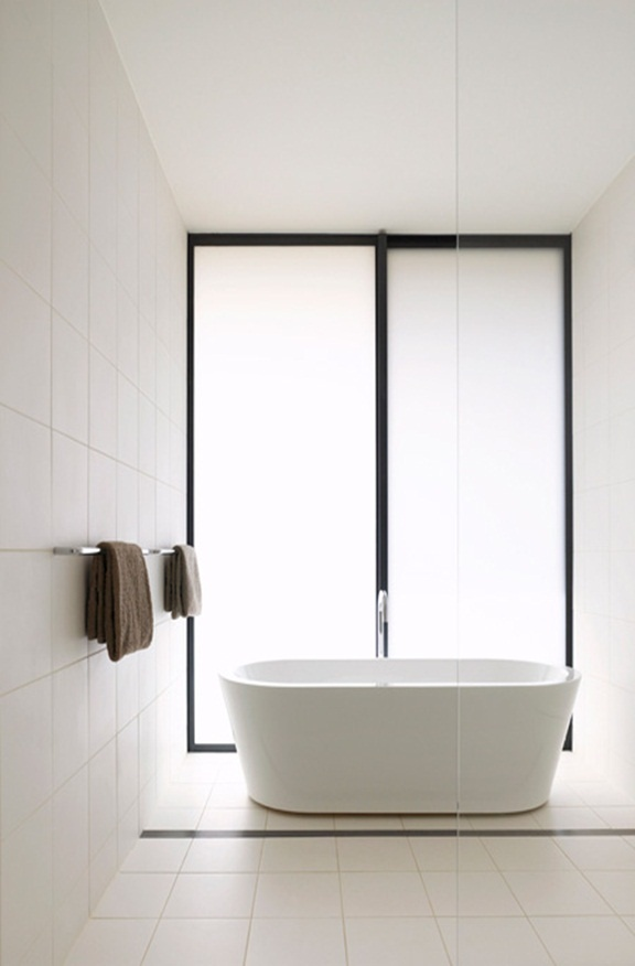 Carr Design Group. Minimal clean bathroom ▇ #Home #Bath #Decor www.IrvineHomeBlog.com/HomeDecor