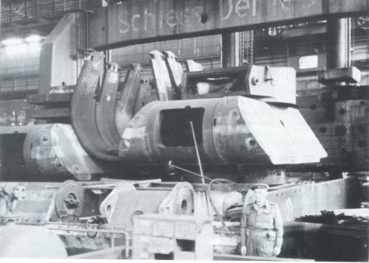 Maus turret in factory