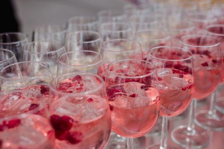 Hochzeit • Hochzeitsempfang • Drinks. © stories by jen