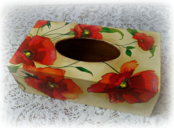 Wooden decoupage tissue box poppies tissue by CarmenHandCrafts, €20.00