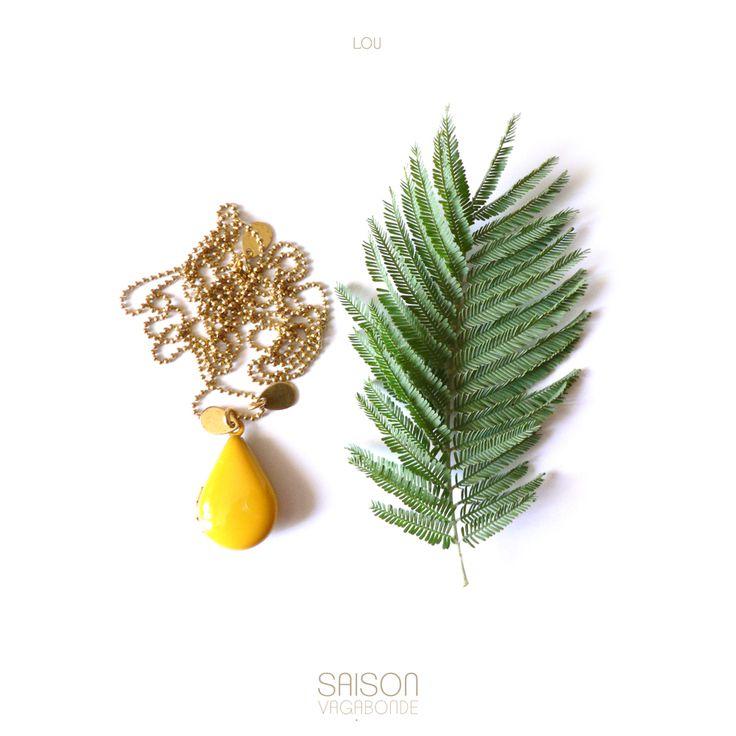 #SAUTOIR LOU  #mode #bijoux #saisonvagabonde #inspiration #fashion #jewels #sautoir #médaillon #turquoise #jaune #rouge #gris #rose #mimosa