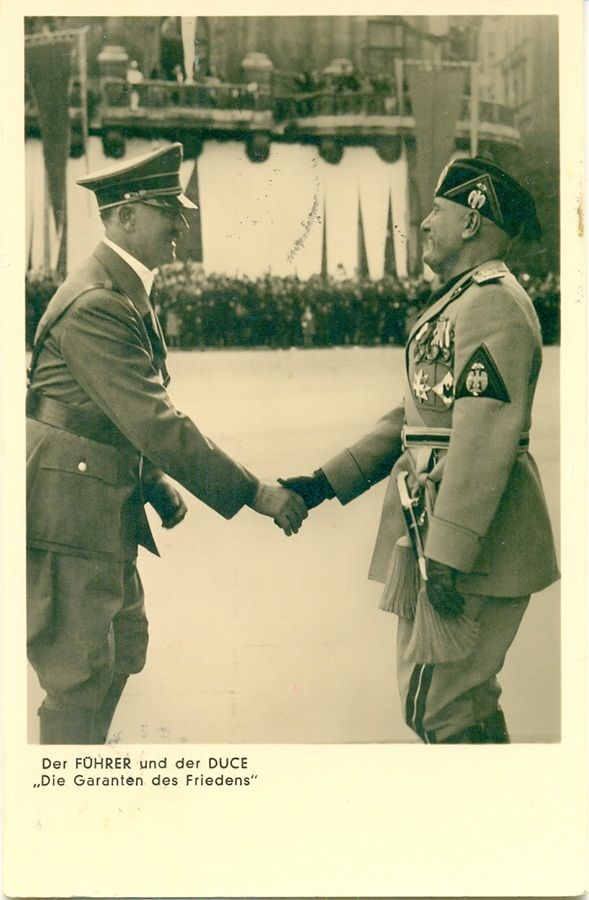 Mussolini on a state visit to Germany - 25.09.1937