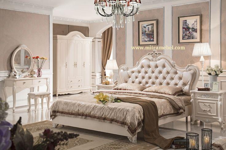 Set Kamar Tidur Klasik Mewah Terbaru