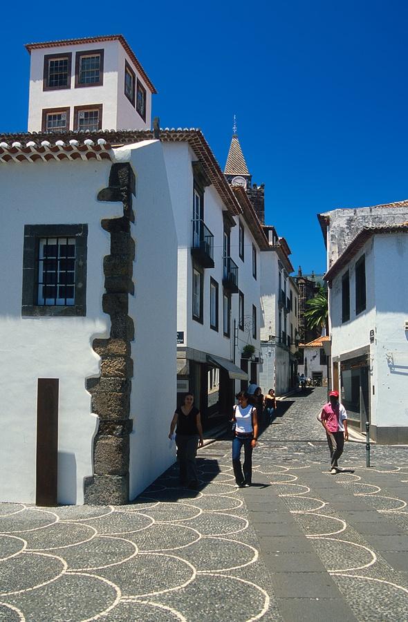 Street scene, Madeira