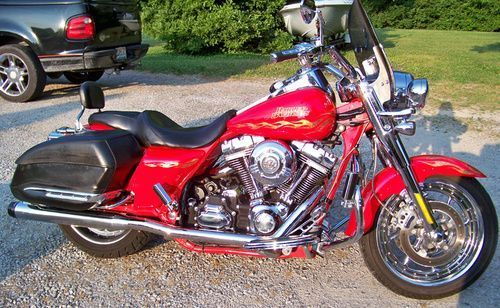 2007 Harley Davidson Screaming Eagle Road King, Price:$19,995. Terre Haute, Indiana #harleydavidsons #harleys #screamingeagle #roadking #motorcycles #hd4sale #harleydavidsonroadkingcvo