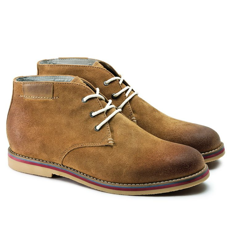 This suede desert boots make a handsome choice. providing superb support and comfort. Wear this pair with minimalist suiting to cement a slick summer look.  Sand suede upper; Pig leahter linning; rubber soles; If you want the coffee or red, please contact us.  US 10 = EU 44 = For foots len...